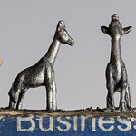 giraffes-carved-from-a-pencil-lead-by-cindy-chinn